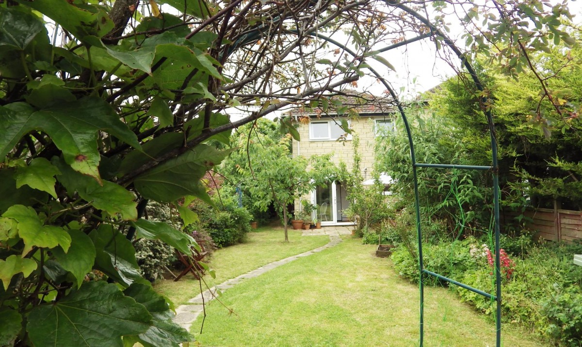 3 Bedroom House Cirencester